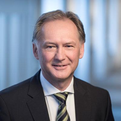 Mag. pharm. Dr. Albert Kompek - Leitung Forschung & Entwicklung Apomedica